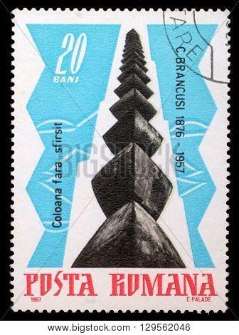 ZAGREB, CROATIA - JULY 19: stamp printed by Romania, shows The Infinite Column, by Brancusi, circa 1967, on July 19, 2012, Zagreb, Croatia
