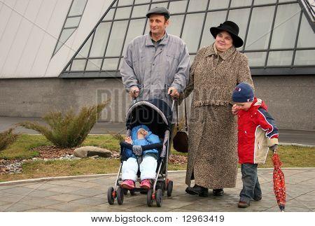 grandparents with grandchildren