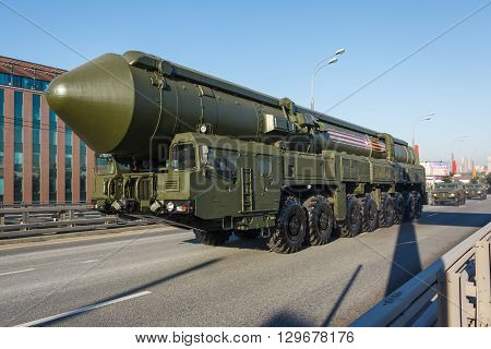 Russian Mirv-equipped, Thermonuclear Weapon Intercontinental Ballistic Missile Yars