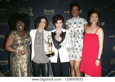 LOS ANGELES - May 1: The Talk, Sheryl Underwood, Sara Gilbert, Sharon Osbourne, Aisha Tyler, Julie Chen at The 43rd Daytime Emmy Awards, Westin Bonaventure Hotel on May 1, 2016 in Los Angeles, CA