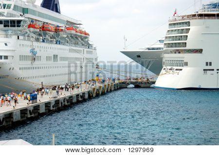 Unloading Ships