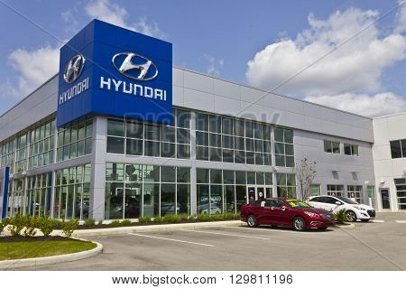 Indianapolis - Circa May 2016: Hyundai Motor Company Dealership. Hyundai is a South Korean Multinational Automotive Manufacturer III