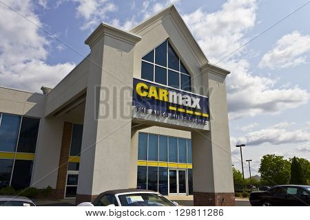 Indianapolis - Circa May 2016: CarMax Auto Dealership. CarMax is the Largest Used-Car Retailer in the US IV