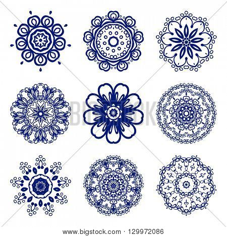 Set Mandalas. Round Ornament Indian or Islamic Pattern