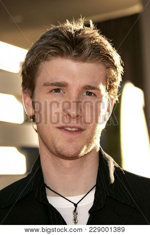 LOS ANGELES - JUL 13:  Jon Foster at the ABC Summer Press Tour Party 2004  on July 13, 2004 in Century City, CA.