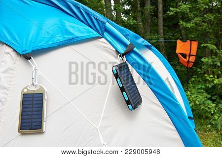 Hiking Hand-held Portable Batteries Solar Panels On Tent