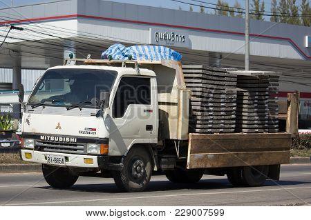 Chiang Mai, Thailand -january 22 2018: Private Mitsubishi Canter  Dump Truck.  Photo At Road No.121