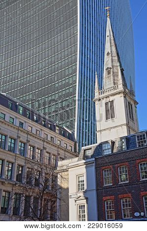 London, Uk - February 25, 2018: Saint Margaret Pattens Church On Eastcheap Street Surrounded By Old