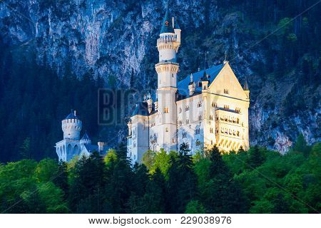 Schloss Neuschwanstein Castle Or New Swanstone Castle Is A Romanesque Revival Palace In Hohenschwang