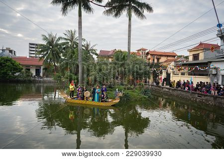 Hanoi, Vietnam - Feb 9, 2017: Pond In La Phu Village, Hoai Duc With Folk Singers Singing Bac Ninh Du