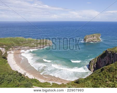 Beach em ballota, asturias, Spain