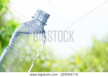Water Plastic Bottle Object Nobody Isolated Mineral