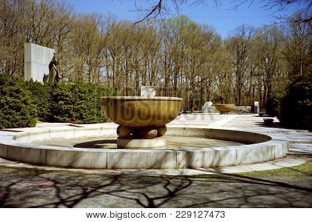 View Of Theodore Roosevelt Memorial In Washington Dc, Usa, April 5, 1999