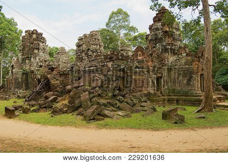 Siem Reap, Cambodia - August 09, 2008: Exterior Of The Ruins Of The Krol Ko Temple In Angkor, Cambod