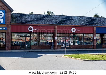 Lancaster, Pa, Usa - February 27, 2018: Qvc, The American Cable, Satellite And Broadcast Television