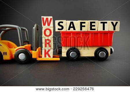 Work Safety In Order To Avoid Risks And Accidents At The Job