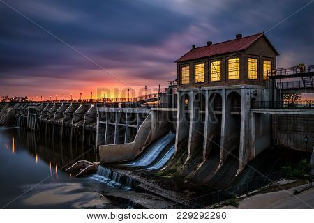 Lake Overholser Dam In Oklahoma City. It Was Built In 1918 To Impound Water From The North Canadian