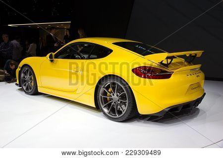Geneva, Switzerland - March 3, 2015: New 2016 Porsche Cayman Gt4 Unveiled At The 85th International