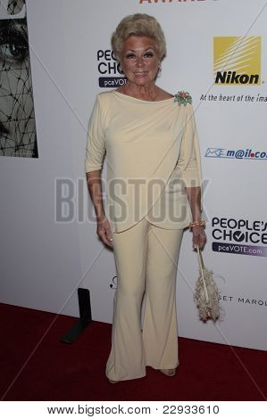 WEST HOLLYWOOD - OCT 12: Mitzi Gaynor at the Hollywood Life Hollywood Style Awards at the Pacific Design Center, West Hollywood, California on October 12, 2008