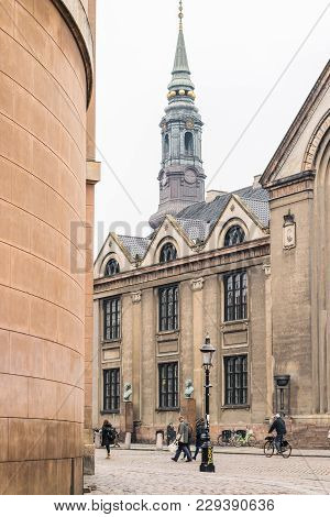 Copenhagen - October 17, 2016: View To The Frue Plads Area And Some Pedestrians Walking By.