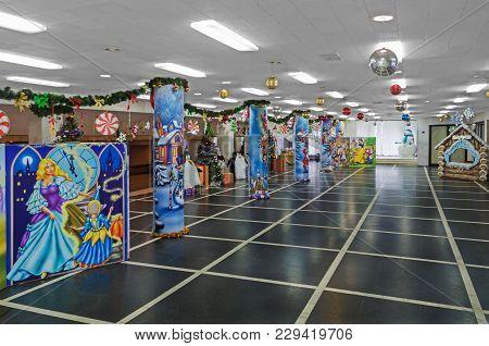 Festive New Year's Foyer
