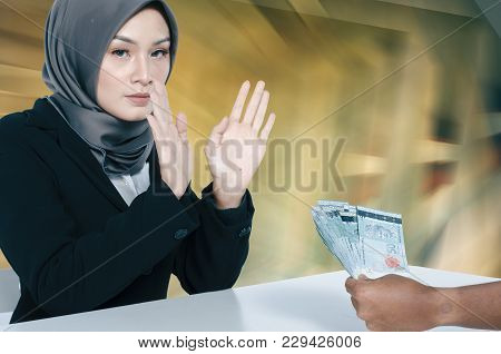 Corruption Concept, Unrecognize Young Women Refuse To Receive Bribe From Somebody