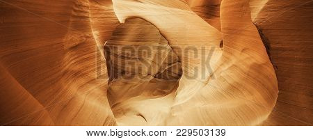 Arch In Famous Antelope Canyon, Page, Usa