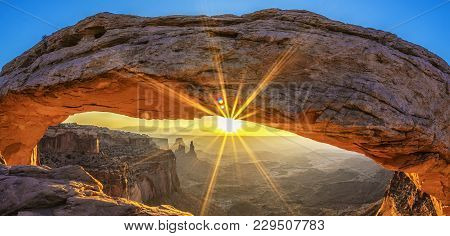 Sunrise At Mesa Arch In Canyonlands National Park Near Moab, Utah, Usa