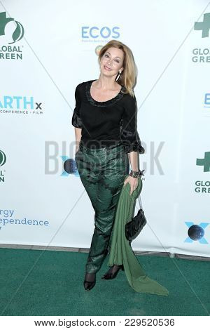 LOS ANGELES - FEB 28:  Sharon Lawrence at the 15th Annual Global Green Pre-Oscar Gala at the NeueHouse on February 28, 2018 in Los Angeles, CA