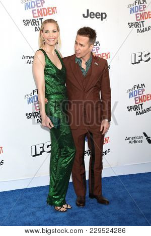 LOS ANGELES - MAR 3:  Leslie Bibb, Sam Rockwell at the 2018 Film Independent Spirit Awards at the Beach on March 3, 2018 in Santa Monica, CA