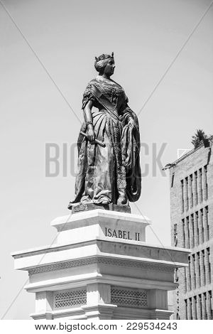 Madrid-september, 13: Statue Isabel Ii At Opera Square In Madrid-on September 13, 2017 In Madrid, Sp