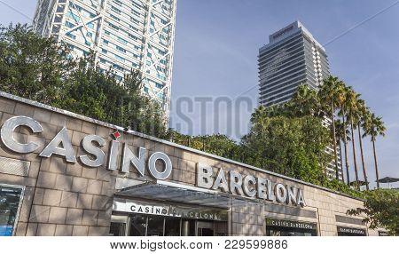 Barcelona,spain-november 7,2014: Casino Barcelona, Entrance, Under Hotel Arts.olympic Port Of Barcel