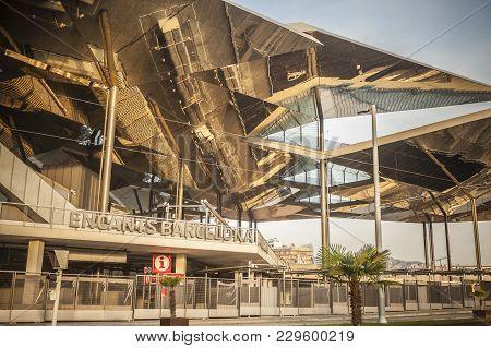 Barcelona,spain-october 7,2014: Modern Architecture, Market,fira De Bellcaire Or Encants ,building B