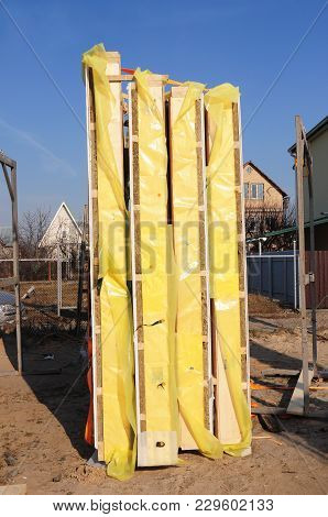 Frame House Insulation Panels. Timber Frame Panels, Structural Insulated Panels, Sips.