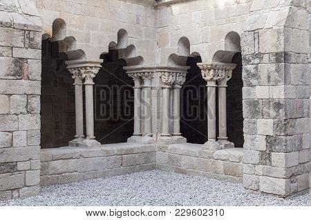 Barcelona,spain-november 10,2013: Cloister Of Romanesque Monastery Sant Pau Del Camp, Located In Rav