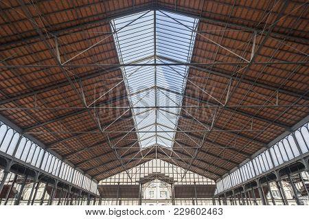 Barcelona,spain-november 5,2013: Interior, Iron Ceiling Of El Born Cultural And Memorial Center, Cul