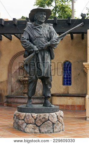 San Diego,ca - May 08,2014 : Statue Of Soldier At The Mormon Battalion In Old Town Of San Diego,cali
