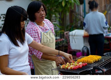 Chiang Khan, Thailand - Jan 1, 2015 : Bbq And Corn Grilled Selling At The Walking Street In Chiang K