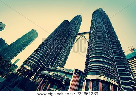 Kuala Lumpur, Malaysia - 26 Aug, 2010: Petronas Towers - Skyscraper Has 88 Floors, Is Located In Cap