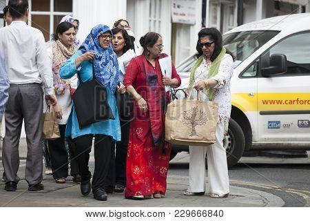 London, Uk - September  17, 2016. Indian Women Are On Brick Lane