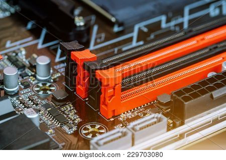 Installing Computer Pam To Motherboard Installation Of Computer Memory
