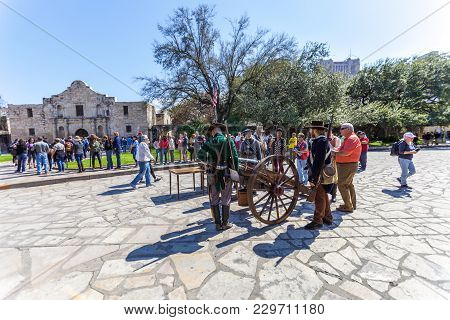 San Antonio, Texas - March 2, 2018 - People Gathered To Participate In The 182Nd Commemoration Of Th