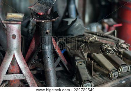 Close Up Jack Stand Thread Car Old Garage Background