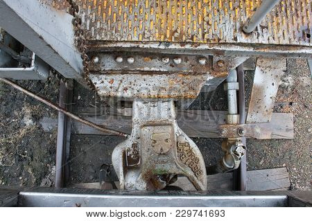 Vintage Railway Car Connection Silver Rusted Link