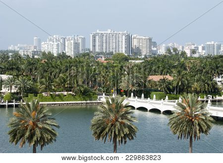 The Bridge At The Entrance To Palm Island, The Residential District In Miami (florida).