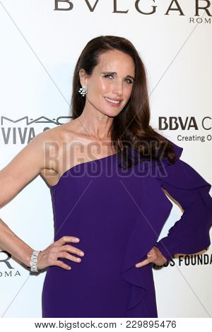 LOS ANGELES - MAR 4:  Andie MacDowell at the 2018 Elton John AIDS Foundation Oscar Viewing Party at the West Hollywood Park on March 4, 2018 in West Hollywood, CA
