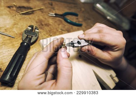 Jeweler Produces Gold Jewelry In The Workshop