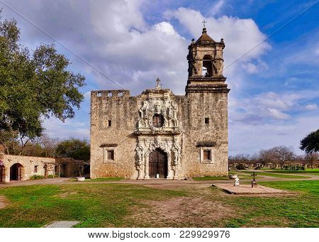 San Antonio, Usa, 2018.02.27.: The Church Of The Mission San José In San Antonio In The Usa.