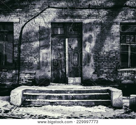 Entrance To A Very Old Building. Old Architecture. Old Door. Vintage Style. Retro Effect. Grunge Arc