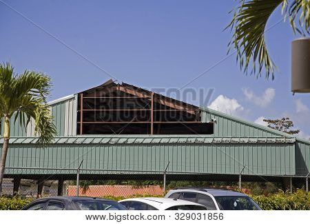 Bayamon, Puerto Rico/usa - February 9, 2019: Front Side Of Building Structure With Damage Still Not